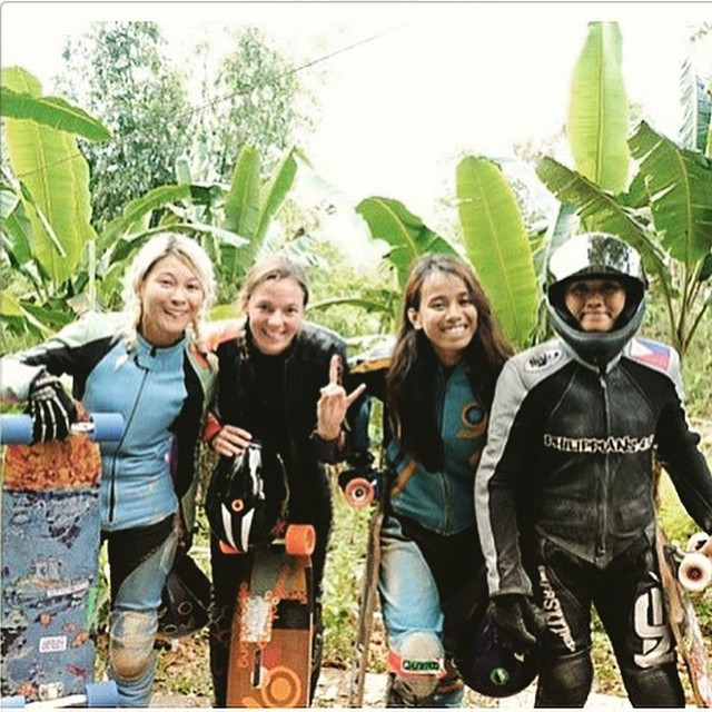 Repost from @tamaraprader  Final heat of the #carcarisnice race in Philippines! 1. @tamaraprader  2. @mayayuiii  3. @kara.skates  4. Abby  Congrats to all these amazing ladies!  #longboardgirlscrew #womensupportingwomen #girlswhoshred #philippines #vlt