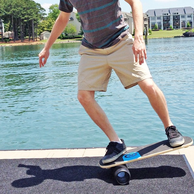 #outdoor #balanceboard session by the lake!  #revbalance #findyourbalance #boardsports #skateboarding #longboarding #wakeskating #wakeboarding #surfing #yoga #paddleboarding #SUP #kiteboarding #windsurfing #skimboarding #train #upyourgame #corework...