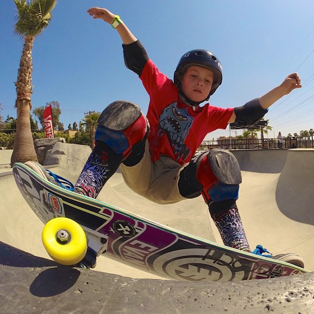 Young jedi @luke_sk8r slashing it at the Vans Skatepark in Huntington Beach. Luke wears the S1 Lifer Helmet. #bestfittingcertifiedhelmet #gromwars #skateboarding #s1helmets #skatepark #gromsthatrip #huntingtonbeachskatepark