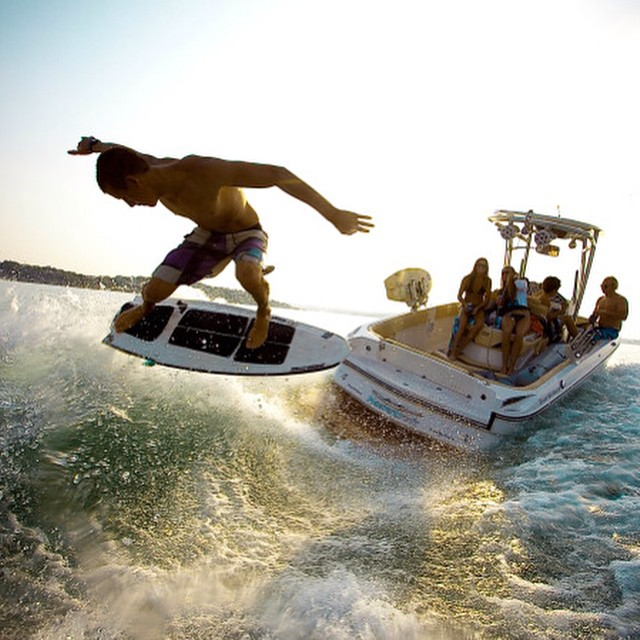 Still one of our favorite wakesurf shots of all time! Chase Hazen on the Shred Stixx SemiPro - available exclusively in the slayshTank Online Store. Photo @bradford_king #wakesurfing #wakesurf #shredstixx #keepaustinsurfing #keepitfresh #mastercraft...