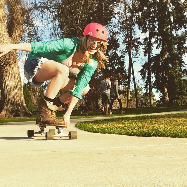 Happy Friday! XS ambassador @katy_jo_ sending out summer vibes #xshelmets #skatelife #summer #sun #girlswhoshred