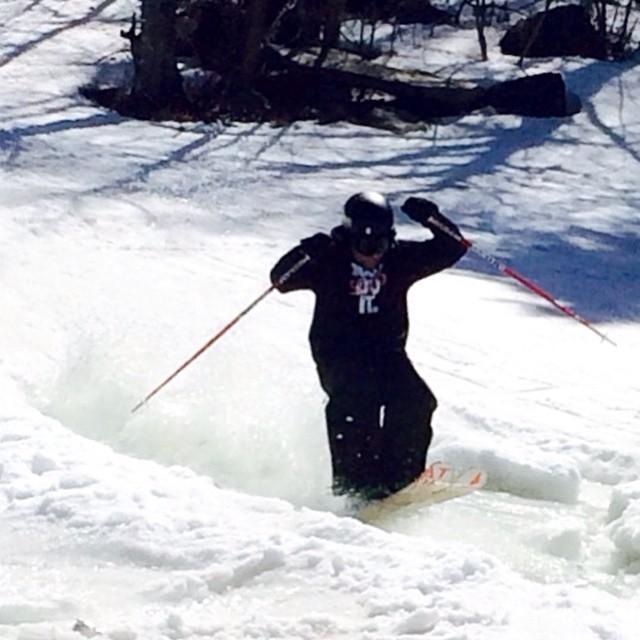 #springskiing #pondskim #mountsnow #vermont #JustSendIt #skiing #snowboarding