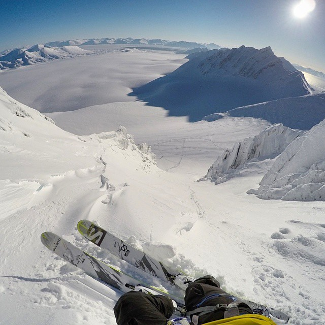 @brodyleven discovered that it's definitely still winter in Svalbard.