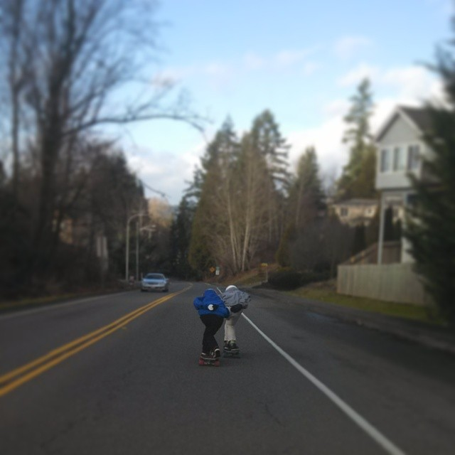@emmetwhite and @adamlittle_db like to hold hands and bomb hills. #longboarding #seattle #northwestlongboarding #dblongboards