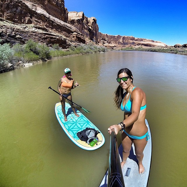 Natali Zollinger knows how to have fun on the river! ☀️