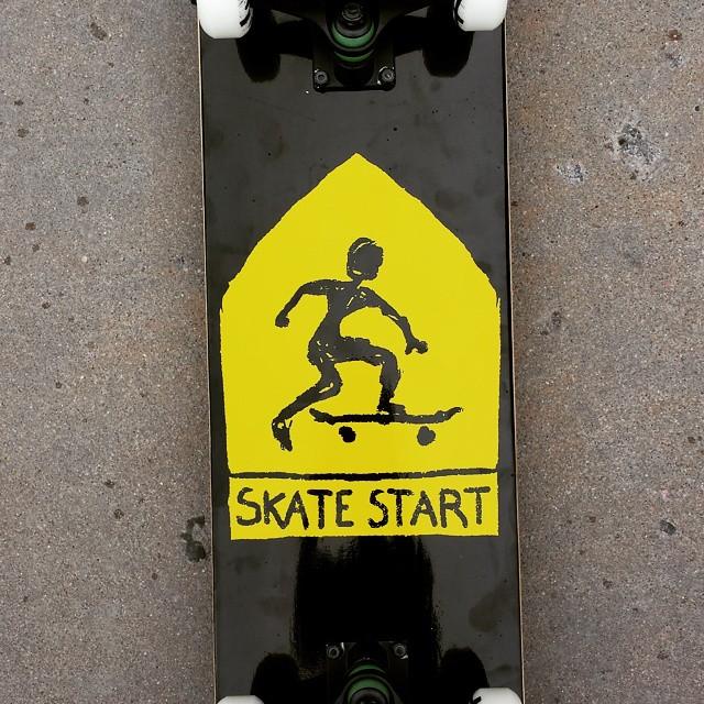 #makermonday #skatestart complete setups are back for the e-commerce world. It doesn't have handle bars or breaks. http://www.skatestart.com/