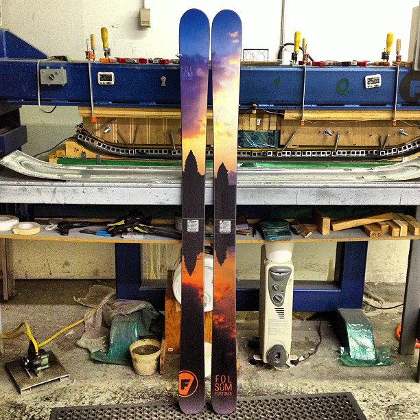 Folsom athlete @jaywsss is gonna be stoked on his new touring set up. 189cm Primary Tour weighing in at just 2000 grams per ski. #skiuphill #madeintheusa #customskis