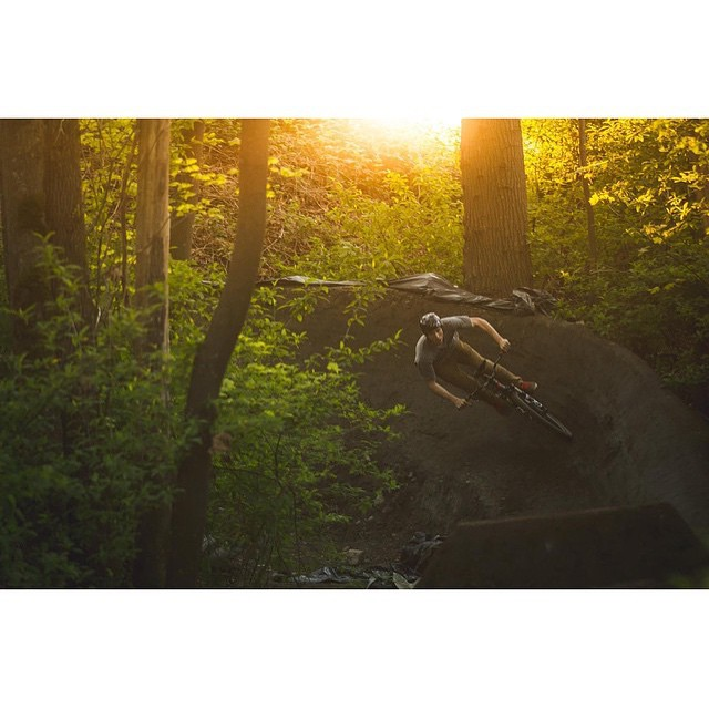 Repost @lornny | These long summer days have us pumped on after work sessions.  Here's a rad shot of @lornny getting it done in the late evening light.