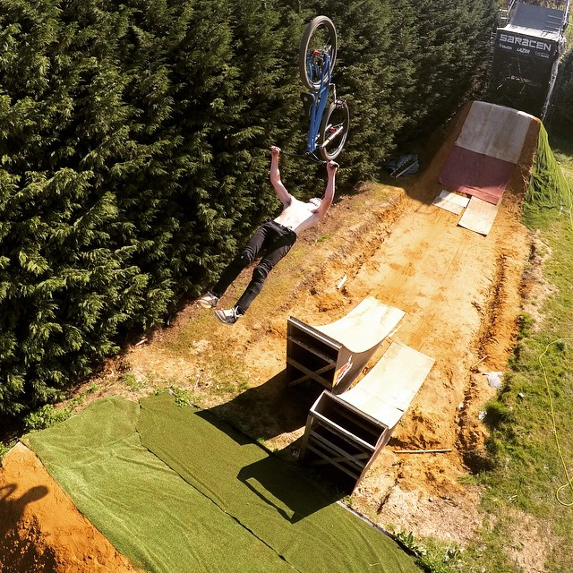 Oh, Superman! Just @MattJonesMTB flipping in his own compound.