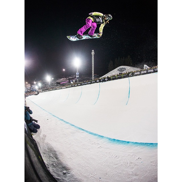 Defending #XGames Snowboard SuperPipe gold medalist @chloekimsnow turned 15 years old today. (