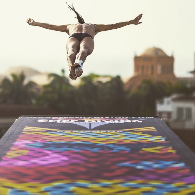 Here comes the weekend. Dive in. #cliffdiving