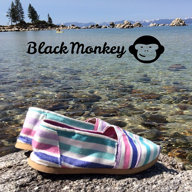 Friday. Relax. @blackmonkeystore #sandharbor #laketahoe #california #alpargatas #blackmonkey #friday #walk #relax #live #beblackmonkey #argentinestyle #montain #travel #ipanema #enjoy #blackmonkeyaroundtheworld