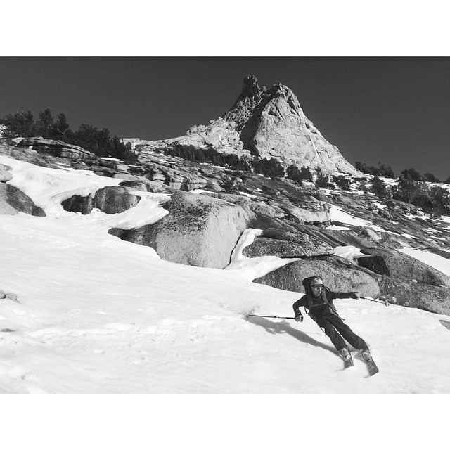 World class spring skiing out here in CA. Here's @jordanbasile making a turn (yes, a single turn) underneath Cathedral Peak in Yosemite. _ #desolationsupply #DESO #itswayoutthere