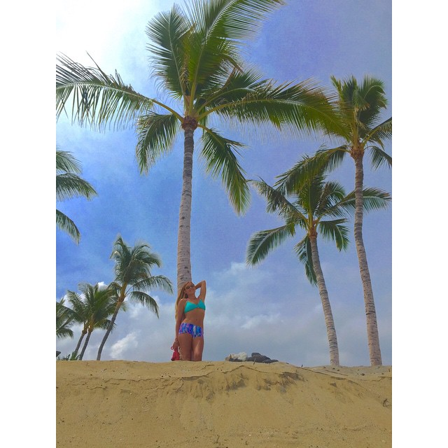 On assignment @kaenon #AlohaFriday  #kaenon #odinasurf #sirenapearls #lifeinhifi #wiseguides