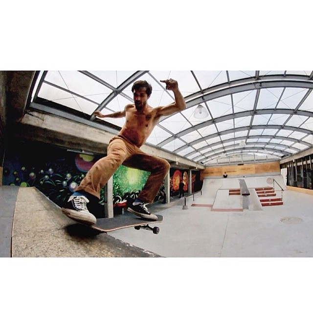Es ese momento donde te dejas llevar... Y sucede. @tomimateri x @mooreproducciones #TrueToThis #Skate #VolcomSkate