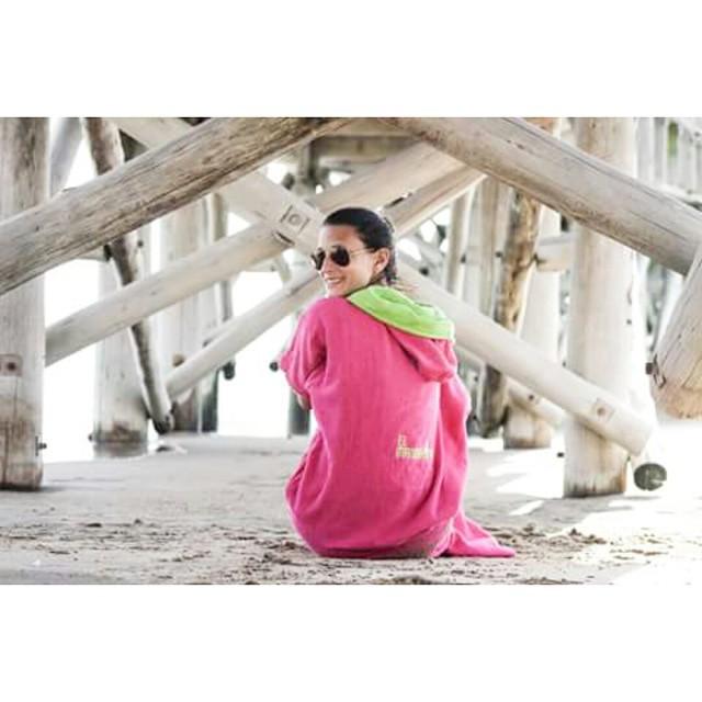 GRAN DOMINGO para meterle mandarina ★★★ con @veronicamarch88  Hace tu pedido a traves de nuestro facebook: elmandarina surf  #river #lagoon #ship #summer #beach #friends #kids #colours #play #free #style #surf #holidays #ocean #water #sea...