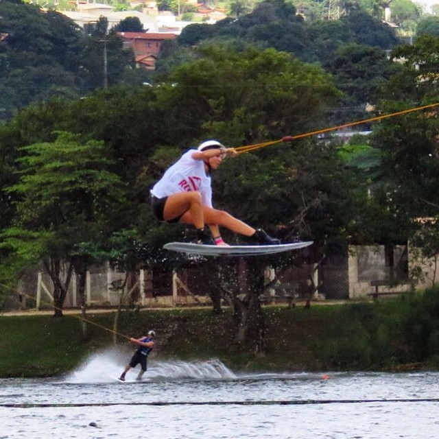 All day long... PH: @fedemazzei @sofygrimauu  #wakepark #wakegirls #wakeboarder #cablewakepark #reefteam #reefargentina ‪