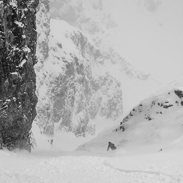Down the rabbit hole. Skier: Chipie Windross | Photo: @echomag.  #dpsskis #Lotus120Spoon #couloir #skiing #Europe