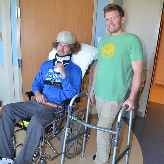 #HighFivesAthlete Jason Abraham met #HighFivesAthlete Jim Harris at #CraigHospital today. You guys are awesome! @elevatedimg @perpetualweekend