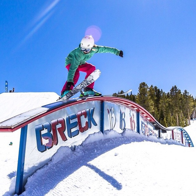 ⚡️Young @camdengallen killing it @breckparks. Watch out for this one, she's on her way to big things.........................⚡️