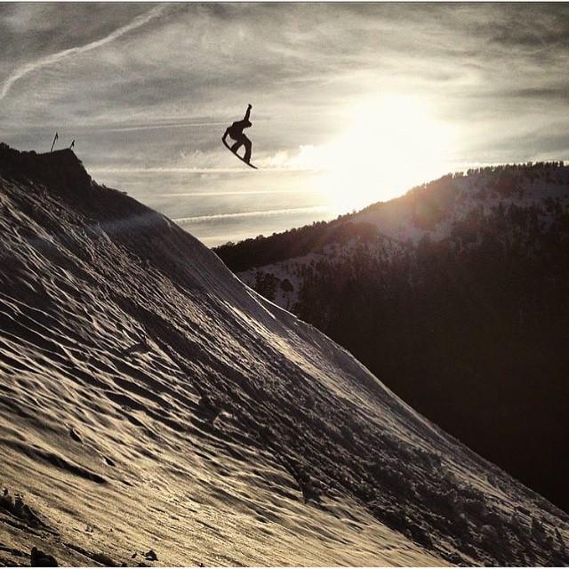 @nial_romanek taking advantage of the last that winter has to offer. #Sunset tail sender.