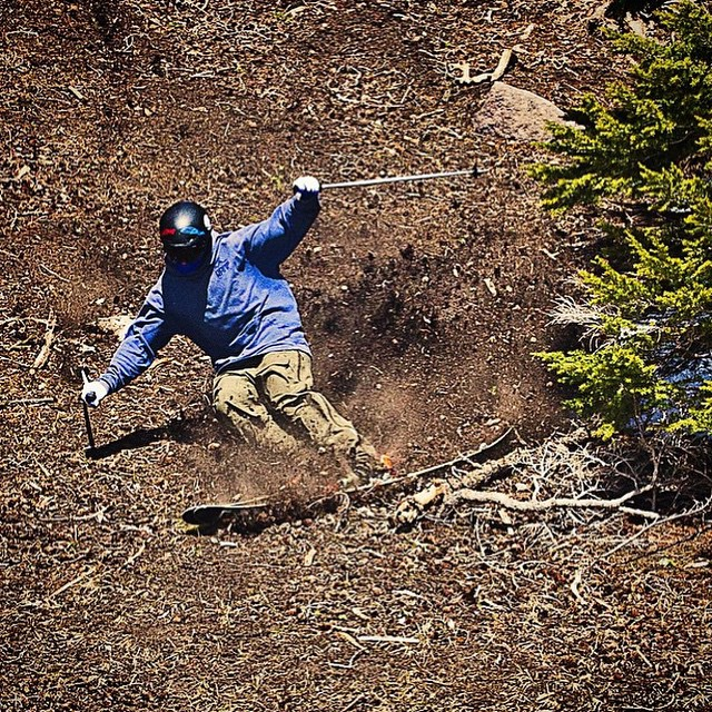 Flylow's @dwreckroy crushing some spring skiing at @mthoodmeadows.