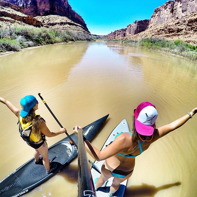 Muddy Colorado River Flat water sprints are way more fun with a buddy. Thanks @gnardia for letting me use your @infinity_sup to train on!! @boardworkssurfsup #welivewater #desertaloha #teamboardworks
