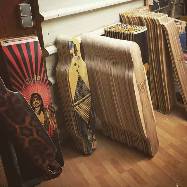 Repost from @iconelongboards.  Their summer lineup looks ready!  #iconelongboards #boardsporn #madeinaustria #weloveicone