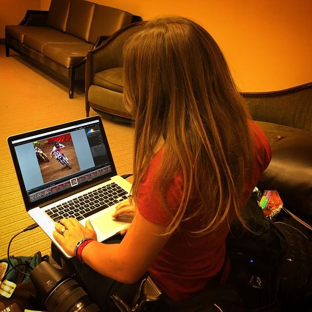 @whatthefett doing her photo thing at @arenacross #ezrainthephoto #photo #editing