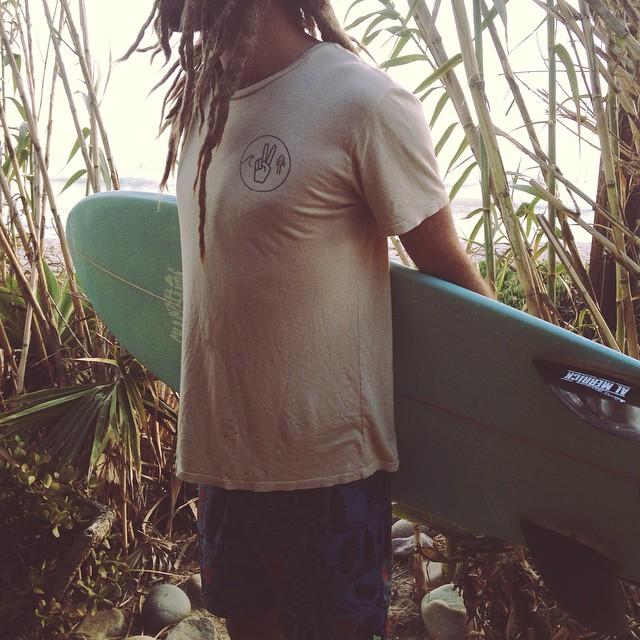 Mens Unity tee in canvas. Perfect companion for those long beach day hang outs. Made in California from a blend of hemp and organic cotton. Available in our online shop