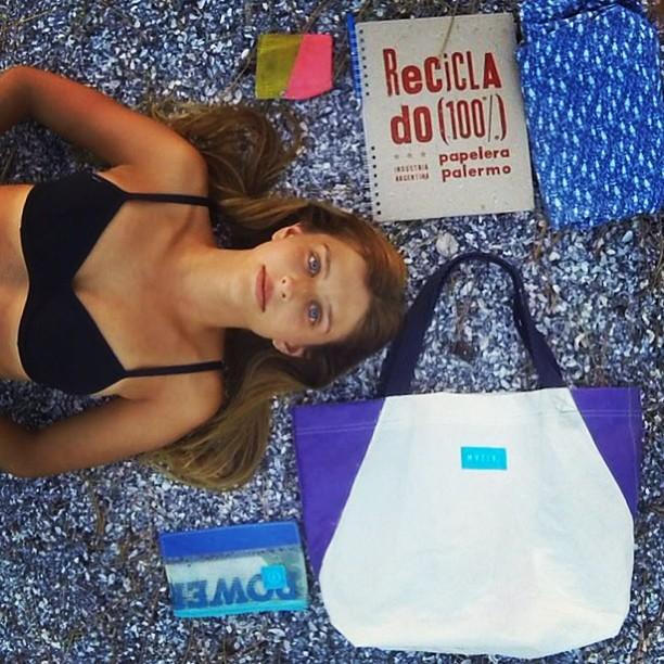 It's #summer!  #mafia #sandbag para perderse en la #isla . #survivalkit #island #sail #recycle #windsurf