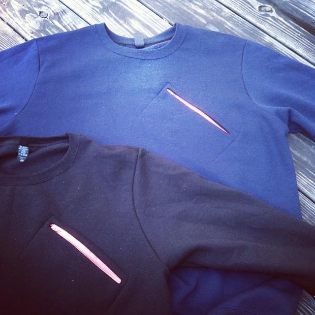 NEW crew necks with slant zip pocket//mesh lined. Available in black:navy:grey. Pre order info@mystz.com #stzlife #crewneck #slantzip #happyshredding #professionaloutsider www.mystz.com
