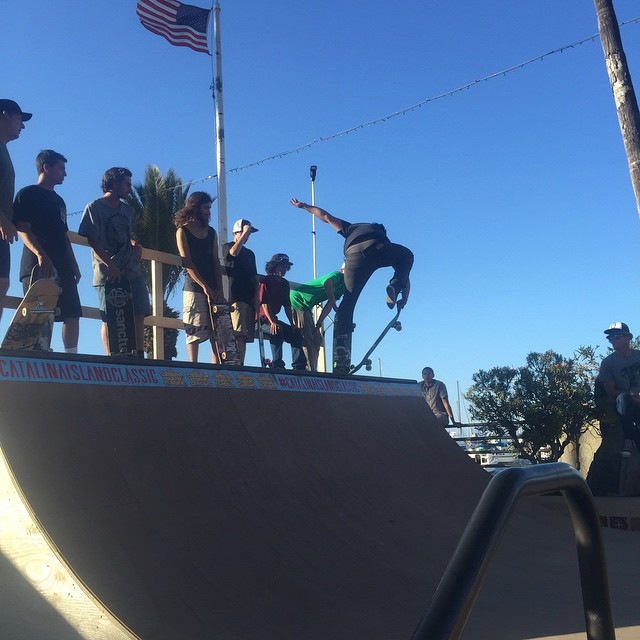 Finger flippin good! #catalinaislandclassic #rampjam presented by @skateriviera