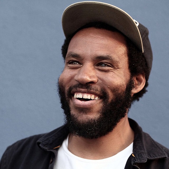 Smiles for miles as always! Hope you guys have an awesome Sunday! >>> #RayBarbee >>> Photo by @jgrantbrittain
