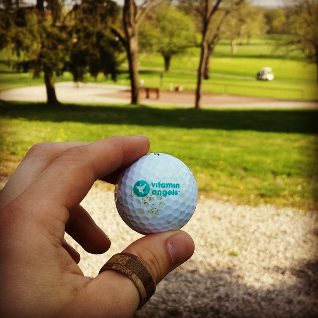 Great brand exposure for @vitaminangels today when all but one ball was yanked. In the thieves' defense not much time was spent on the fairway today so they probably thought the ball was long lost. VA, feel free to send more and we will continue to...
