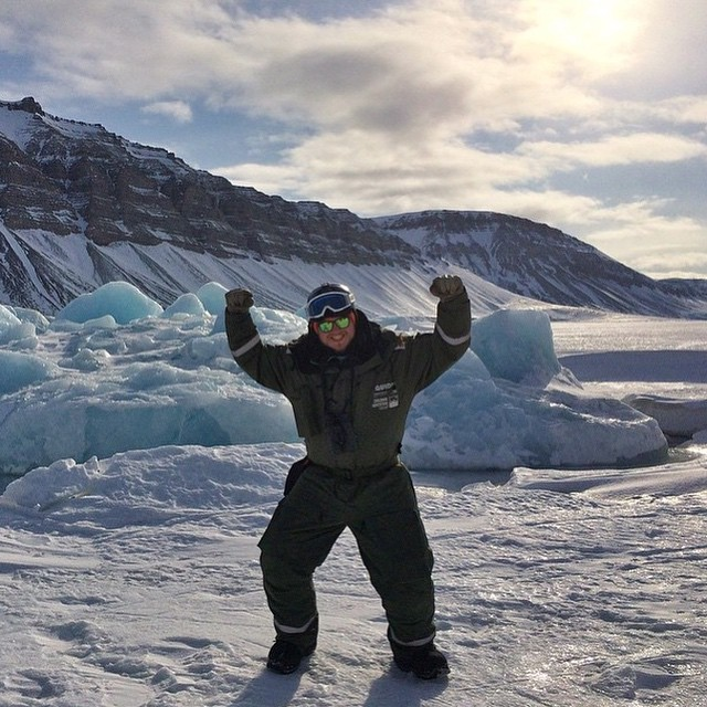 Our northernmost fan and radical Sunski Explorer, Fridrik of Skiarktis! You can read all about Fridrick and life in Svalbard, Norway (just a stone's throw away from the North Pole) on our Sunski Lens Blog! ⛄️ @skiarktis