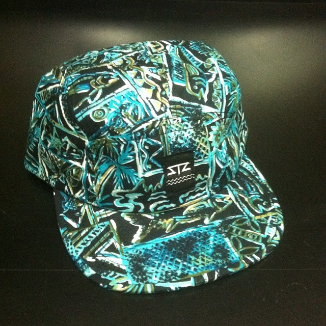"""One off Wed"" we missed the past few weeks so figured we would make up for it with this awesome 5 panel w/ nylon strap. Only one! First person to email/pay gets it info@mystz.com #stzlife #happyshredding #5panel #camper #limited #oneoffwed..."