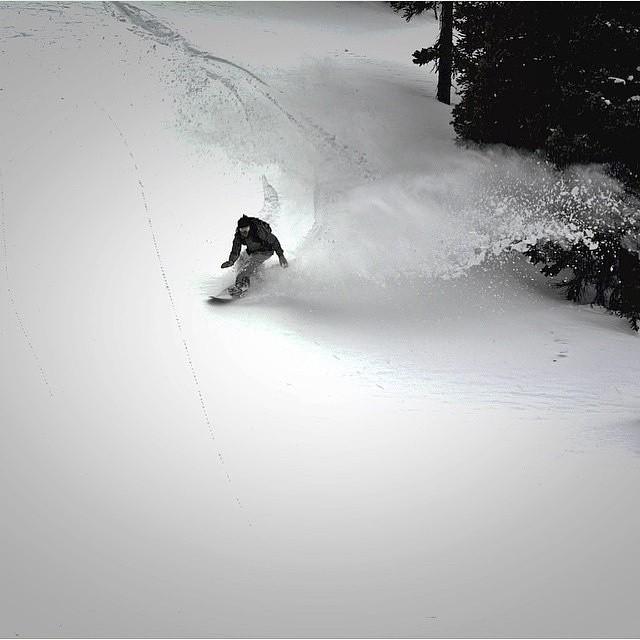 @skoobacheewa #smokinSplitboards @winterparkresort