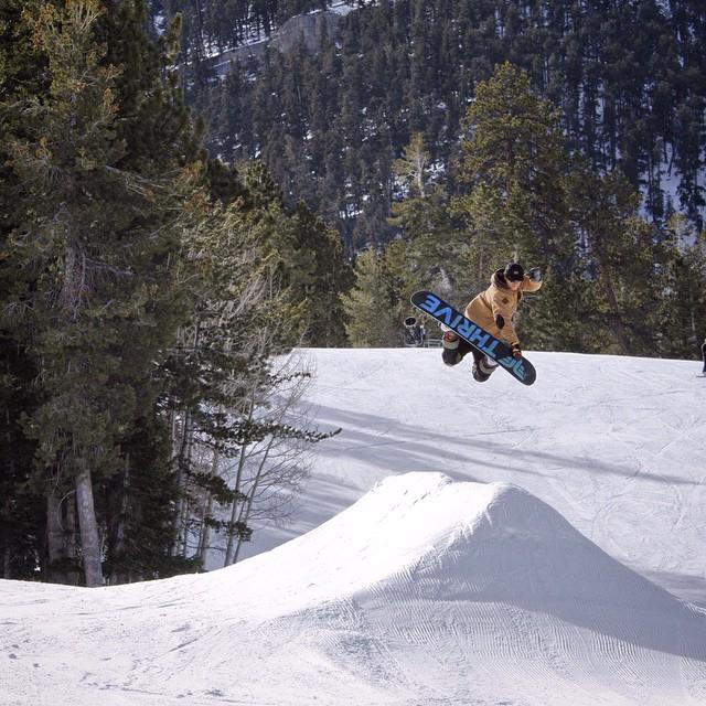 #snowboarder @teej_miele #photo @ag_photographix #resort @lvskisnowboard
