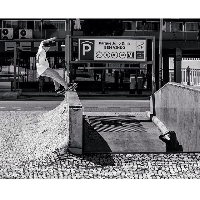 When #WesKremer and @blabacphoto get together good things happen. This frontside feeble photo is absolute gold! #KremerSOTY2014 #DCShoes