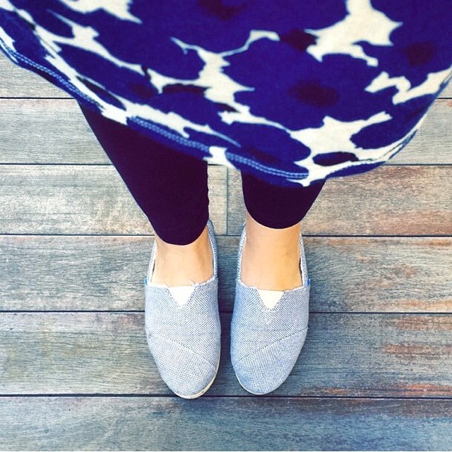 @carolinpc16 & her #Paez blue Panama style. Available at Paez.com #shoes  #instafashion