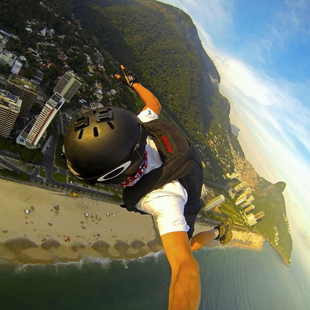 @savagesac skydiving out of a paraglider over Rio de Janeiro, Brazil. GoPro HERO4 | Grenade Grip #gopro #gopole #grenadegrip #skydiving #brazil