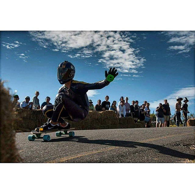 @_michael_std grips the hill real fast while sending a keylime hi5 to the photographer #keepitholesom