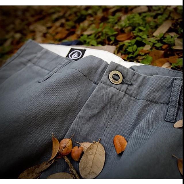Chino Pants #AW15 en #VolcomStores date una vuelta #TrueToThis
