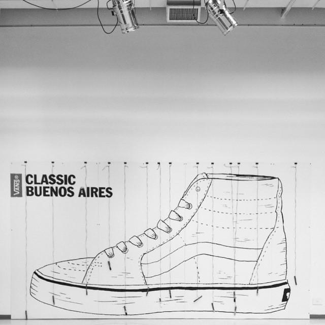 Hoy, de 17 a 22, los esperamos en Espacio Cabrera para palpitar la previa de lo que será el Classic Buenos Aires de este año. Exposiciones, charlas informativas, arte, diseño, música y show en vivo de @sobrenadar
