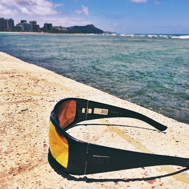 || Feelin' RITZY about Aloha Friday || #hovenvision #neversettle #alohafriday #tgif #friday #surf #sup #beach #hawaii #kewalos #sunglasses