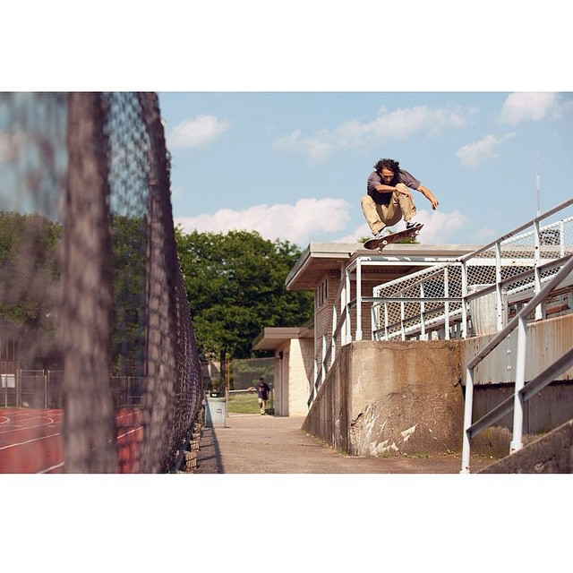 Evan Smith (@starheadbody) >>> frontside 180 in Pittsburg, PA >>>