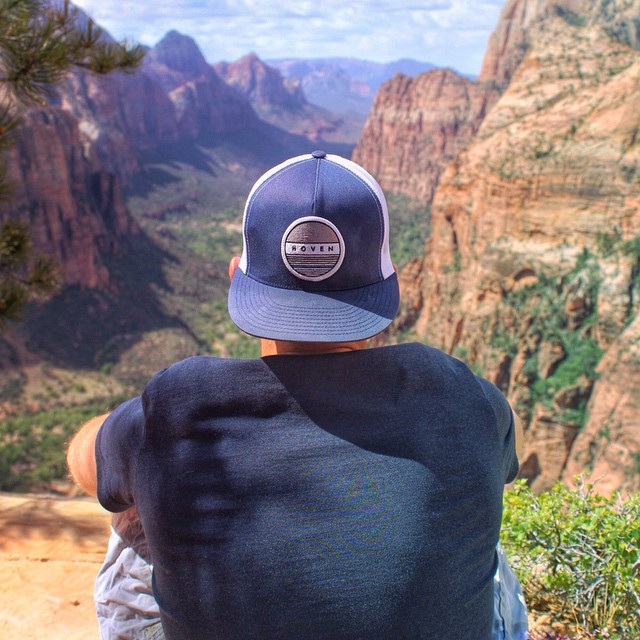 || Sometimes, you find yourself in the middle of nowhere. And sometimes, in the middle of nowhere, you find yourself. || #hovenvision #angelslanding #zion #utah #zionnationalpark #ZNP #outdoors #adventure #loseyourself