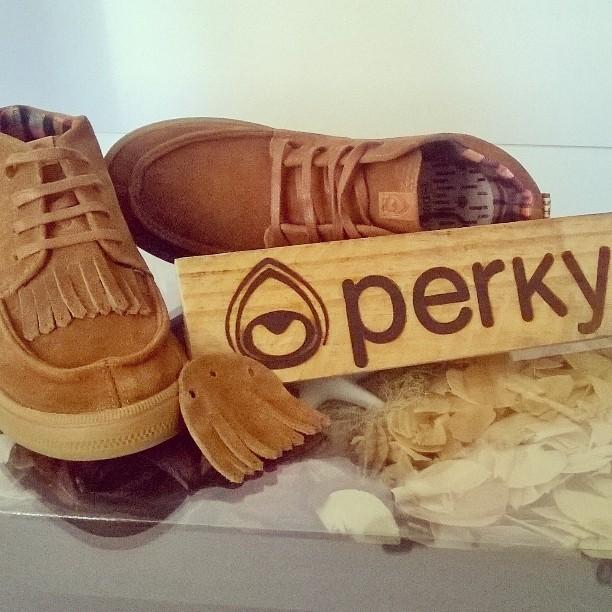 Linea Unisex , combínalas como quieras .Haciendo tu vida más leve@perkyargentina #surfstyle #surf #skate #boots #shoes #folk #trendy #alpargatas #bsas #moda #shopping