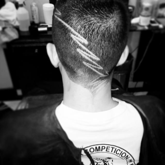 #Haircut #hairstyle #dominicana #dominicanaStyle #ManaBarberShop #nice #picOfTheDay #hoysebebe #hoySeSaleFuerte #progressivehouse #excess #tonight